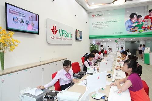 Chuyển khoản theo lô tới 50 người cùng lúc với VPBank Online (1)