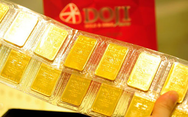 Giá vàng tăng giảm thất thường