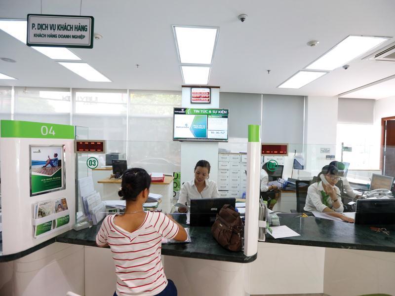 doanh nghiệp thường lựa chọn phương thức thanh toán tín dụng chứng từ (L/C) trong các giao dịch. Ảnh: Đức Thanh